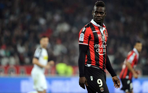 Mario Balotelli signs new one-year deal with Nice