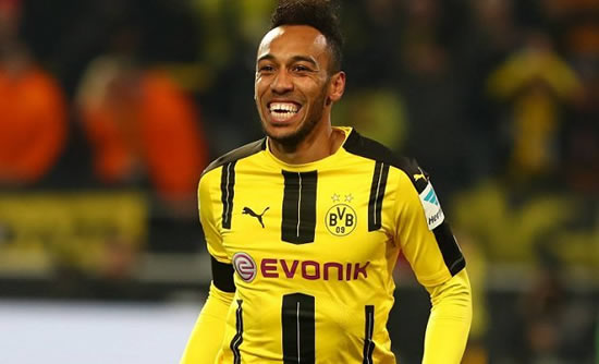 Borussia Dortmund striker Aubameyang leaves door open to AC Milan return
