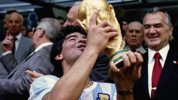 Argentina, Paraguay and Uruguay to make joint bid for 2030 World Cup