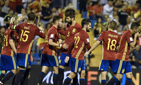 Spain 3 - 0 Albania: Rodrigo, Isco and Thiago on target as Spain seal World Cup finals spot