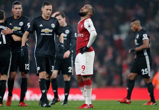 Arsenal 1 - 3 Manchester United: Lingard and De Gea star as Man Utd win at Arsenal despite Pogba red card