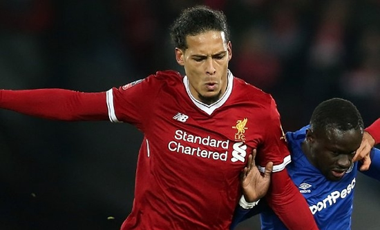 Liverpool defender Virgil van Dijk: Southampton fans can boo - I don't care