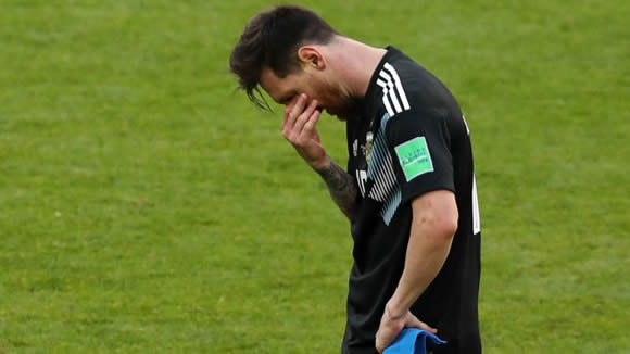 Argentina boss Jorge Sampaoli defends Lionel Messi after penalty miss