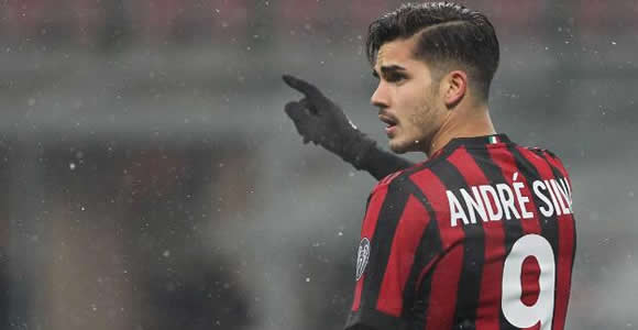 Sevilla reach agreement to sign Andre Silva on loan