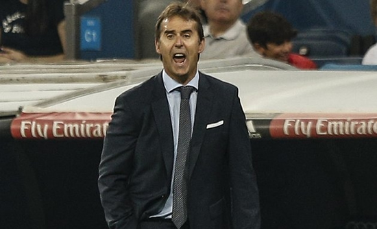Real Madrid coach Lopetegui tells fans: Zidane now the past
