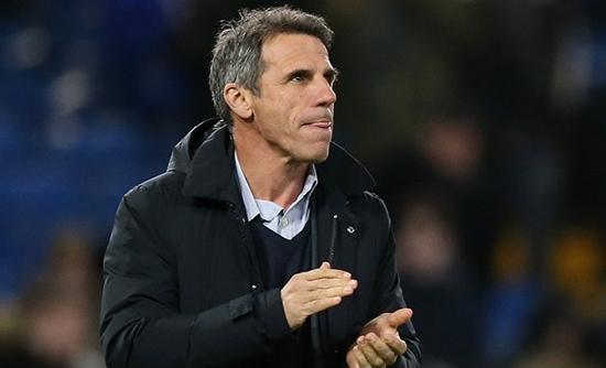 Chelsea will turn to Zola if Sarri sacked