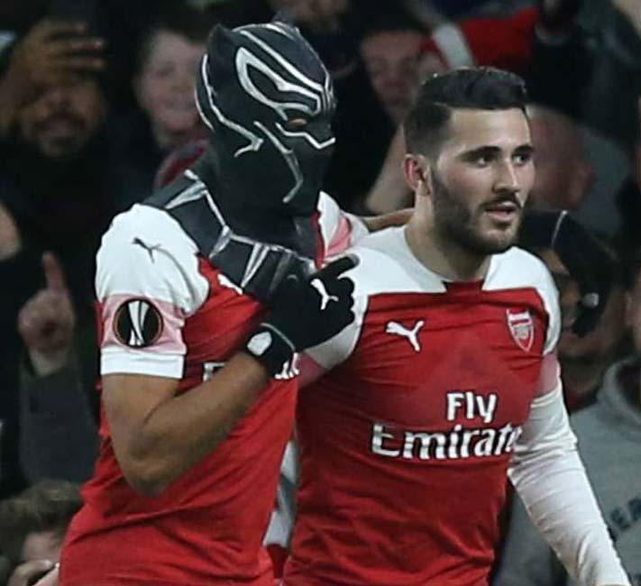 Arsenal 3 Rennes 0 (4-3 agg): Aubameyang brace sends Gunners through