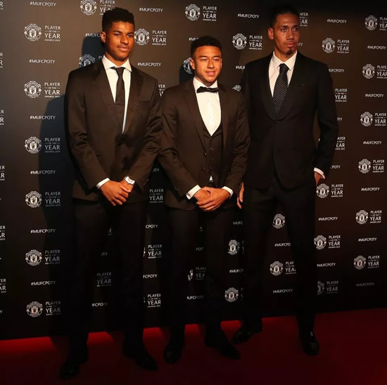 Lucas Moura And His Wife: RED (DEVILS) CARPET Luke Shaw Wins Man Utd Player Of The