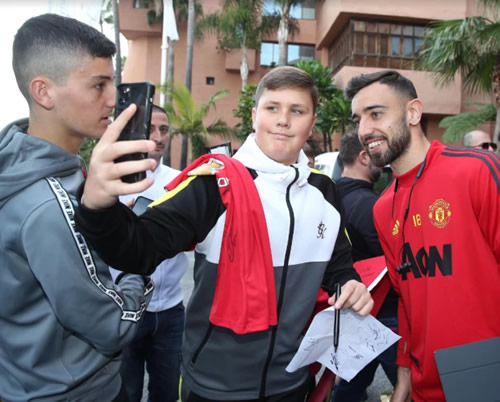 Bruno Fernandes poses for selfies with fans as Man Utd look like they're having a blast in Marbella mid-winter training