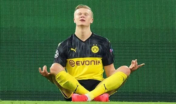 Man Utd chief Ed Woodward slammed for Erling Haaland transfer mistake after Dortmund goals