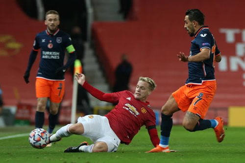 Juventus 'loan offer with obligation to buy possible' for Man Utd's Donny van de Beek