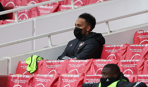 Aubameyang skipped Arsenal warm-down but will not lose captaincy after being dropped by hard-line Arteta